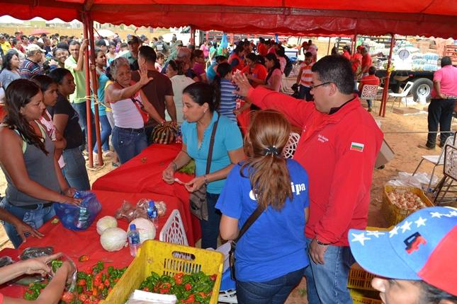 alcaldia-de-guanipa-y-pdvsa-division-ayacucho-realizaron-un-mega-operativo-para-la-comunidad-de-el-basquero