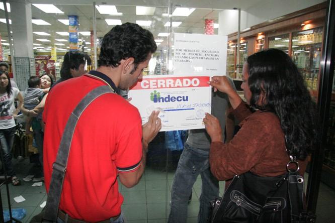 Cerrados establecimientos por Indepabis Guanipa