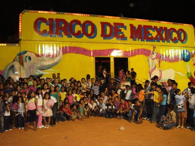 Niños de varios sectores visitaron el circo